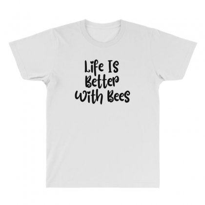 Life Is Better With Bees All Over Men's T-shirt Designed By Thebestisback
