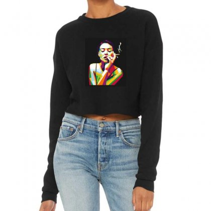 Women And Cigarrete Cropped Sweater