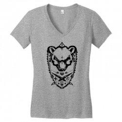 wild bear Women's V-Neck T-Shirt | Artistshot
