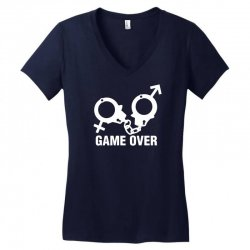 love game Women's V-Neck T-Shirt | Artistshot