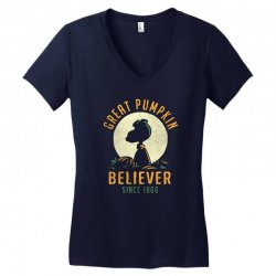 Great Pumpkin Believer Women's V-Neck T-Shirt | Artistshot