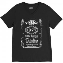 Premium Vintage Made In 1977 V-Neck Tee | Artistshot