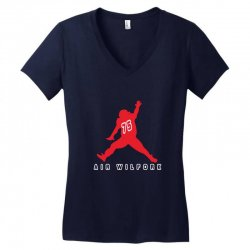 air wilfork   vince wilfork new england patriots defensive tackle Women's V-Neck T-Shirt | Artistshot