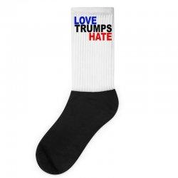 love trumps hate vote for hillary Socks | Artistshot