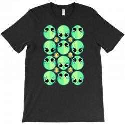 sad alien and daisy nineties grunge pattern T-Shirt | Artistshot