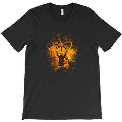 Praise The Sun T-shirt Designed By Vartdater
