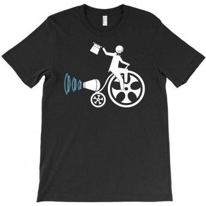 They See Me Rollen T-shirt Designed By Marla_arts