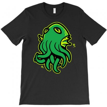 Call Of Kerthulhu T-shirt Designed By Marla_arts