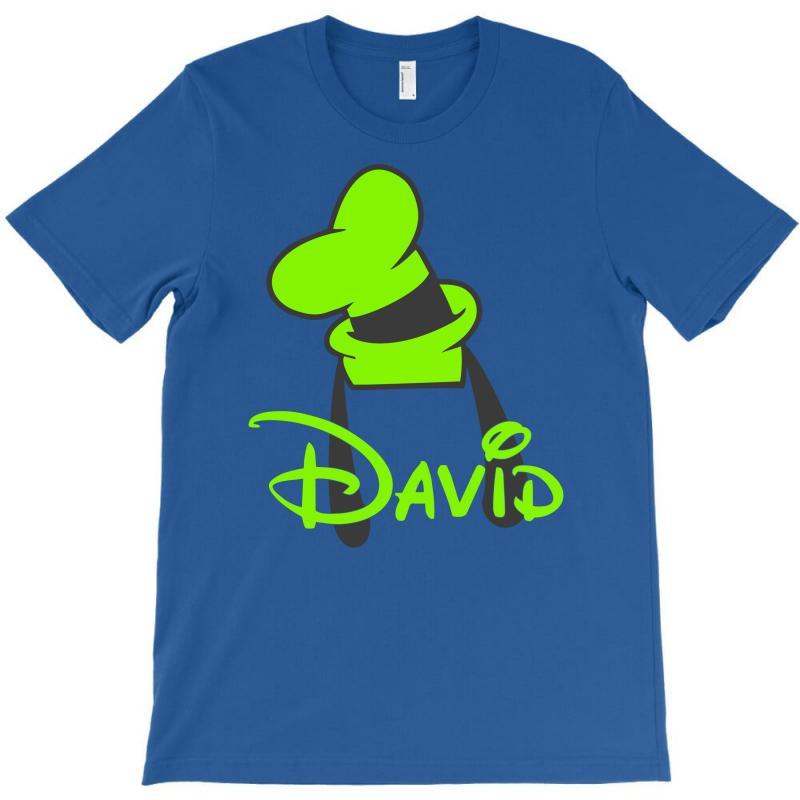 149e11422 Goofy Hat T-shirt. By Artistshot