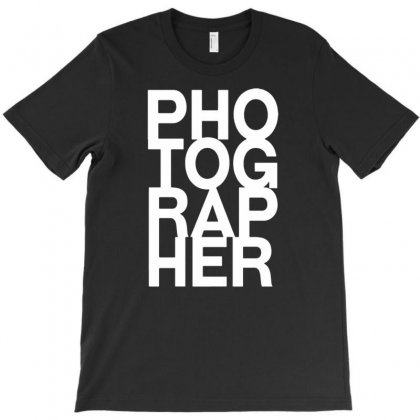 I`m Photographer T-shirt Designed By Narayatees